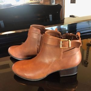 FOREVER 21 Brown Ankle Booties